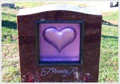 Надгробные памятники из стекла модель 016Мемориал