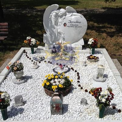 Эксклюзивные надгробные памятники модель 008Мемориал