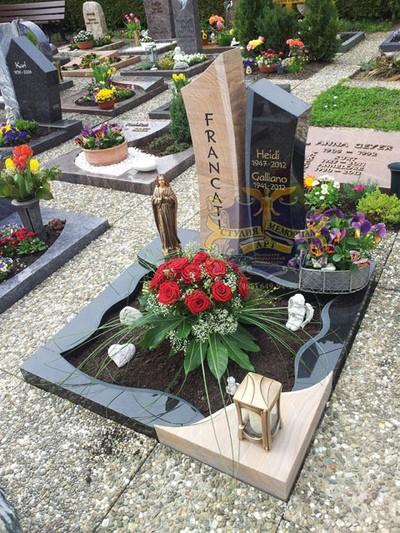 Эксклюзивные надгробные памятники модель 041Мемориал