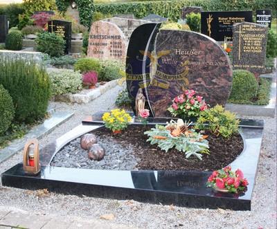 Эксклюзивные надгробные памятники модель 038Мемориал