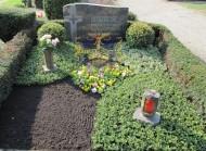 Ландшафтный дизайн при благоустройстве могил на кладбище - 24