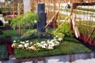 Ландшафтный дизайн при благоустройстве могил на кладбище - 32