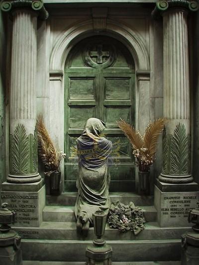 Памятник-ангел CMA-9.09УМемориал