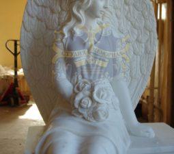 Скульптура. Ангел на памятник - 5005