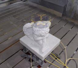 Скульптура. Ангел на памятник - 5013