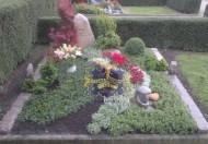 Ландшафтный дизайн при благоустройстве могил на кладбище - 53