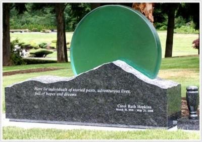Надгробные памятники из стекла модель 011Мемориал