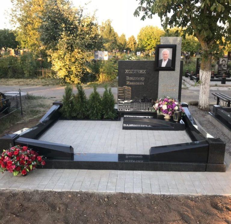Мемориал Готовые цоколи