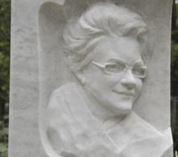 Скульптура. Ангел на памятник - 01