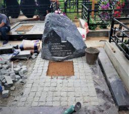 Памятники — Валуны - 017